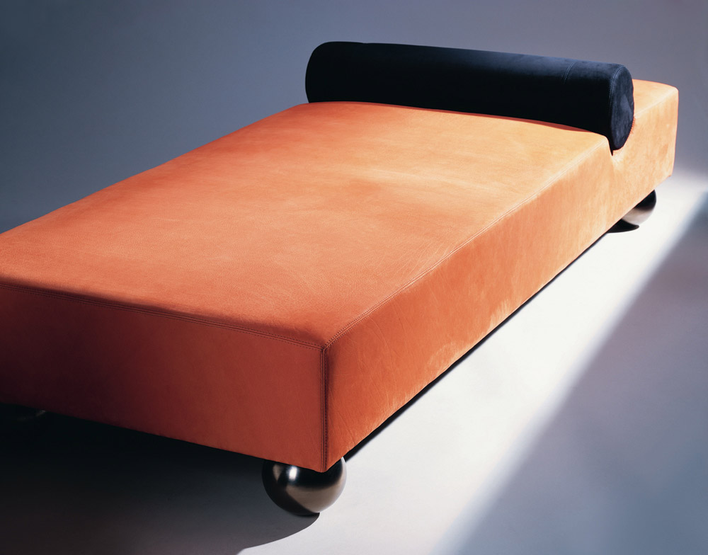 Custom furniture design luxury seating meridienne psy orange black leather