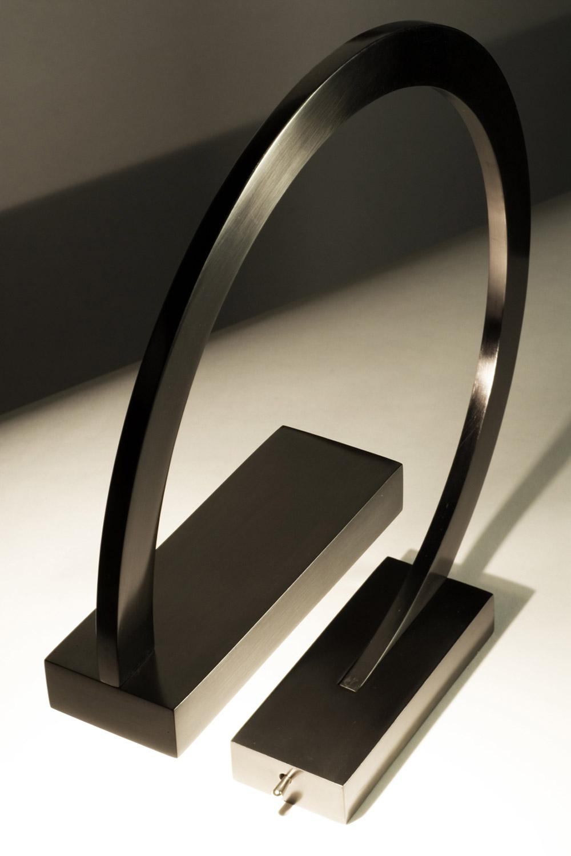 """Custom interior design luxury home decor """"G"""" lampe close up"""