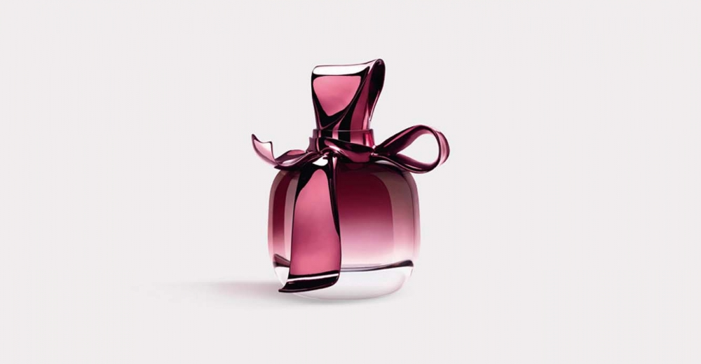 Product Package Design for Nina Ricci fragrance Ricci Ricci woman