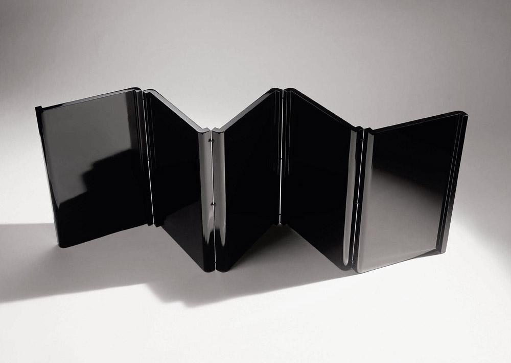 Custom interior design paravent s-shape black wood screen